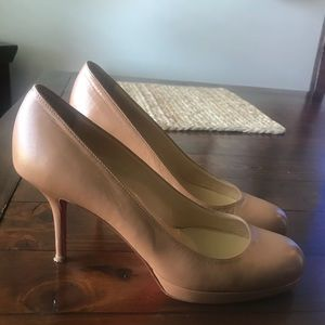 Tan leather authentic Christian Louboutin simples